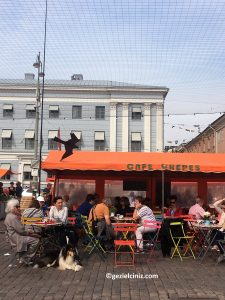 Helsinki gezilecek yerler market meydan