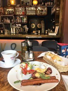 Krakow'da ne yenir kahvaltı