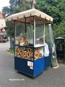 Krakow'da ne yenir simit