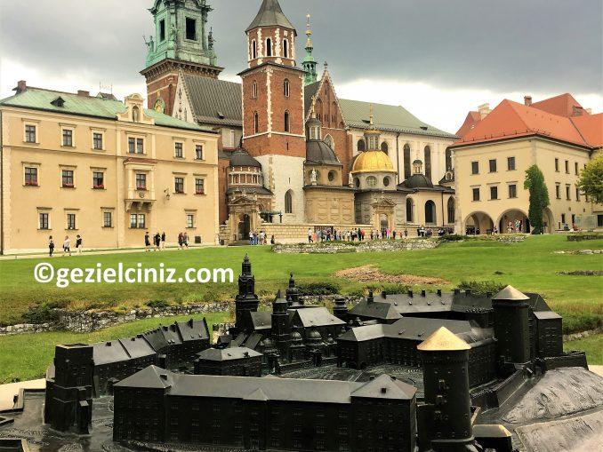 Krakow gezilecek yerler kale ici maket