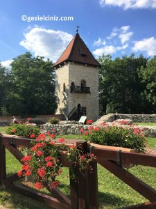 Krakow gezilecek yerler kule